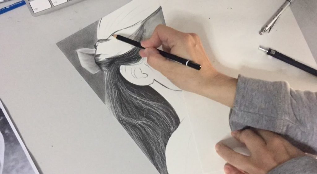 Drawing Realistic Hair - filling with graphite